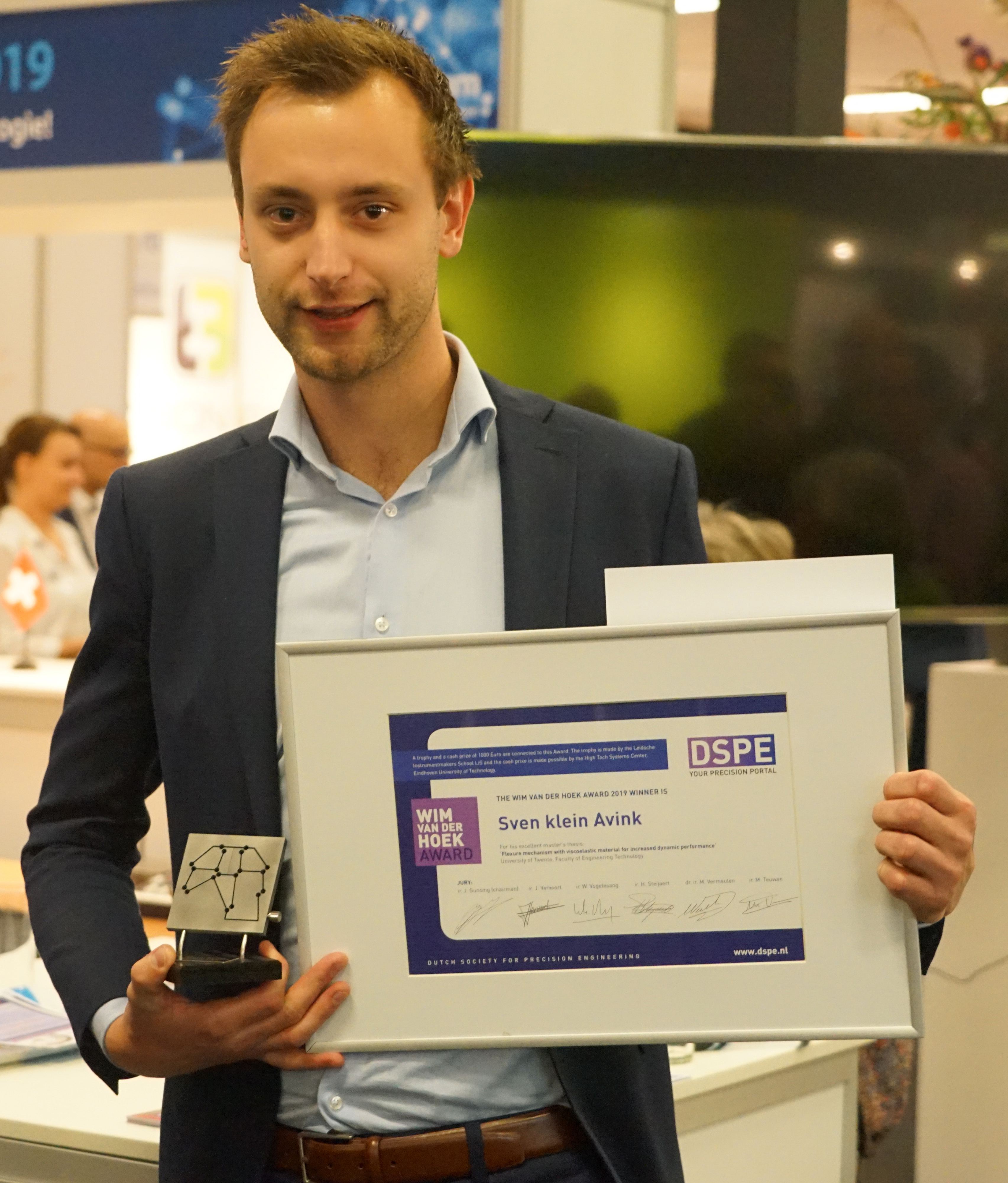 Prize for addition to Van der Hoek's principal work